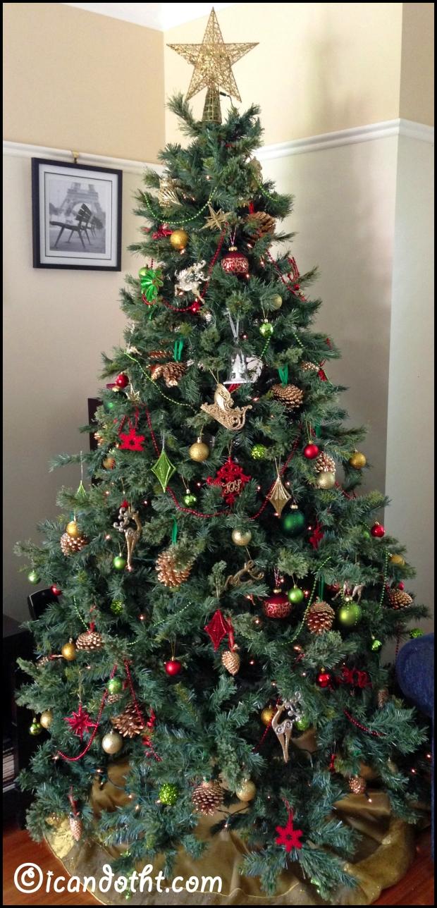 Gold Pinecone Ornaments
