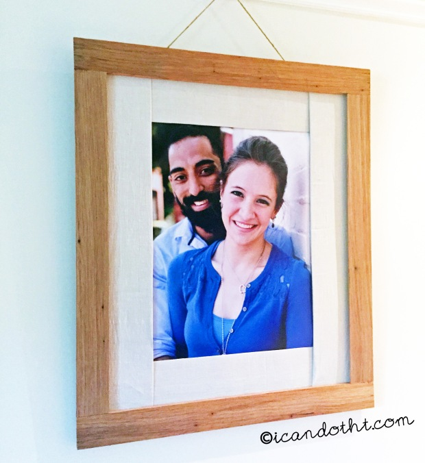 Engagement portrait frame