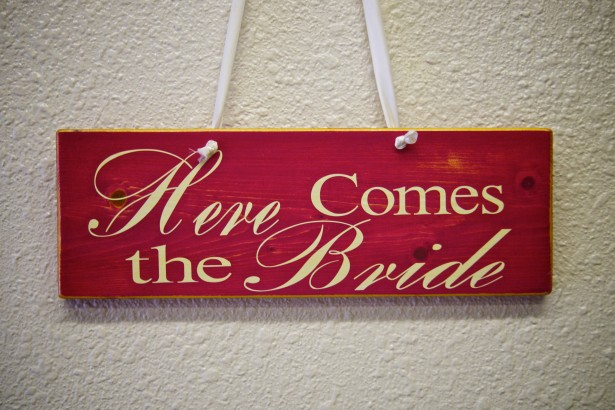 here-comes-bride-sign