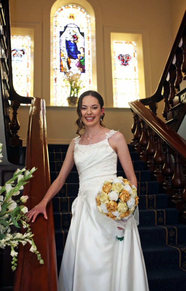 Origami bridal bouquet and bride