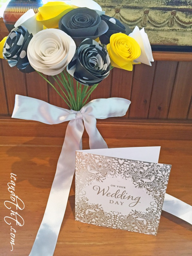 DIY paper flowers wedding bouquet